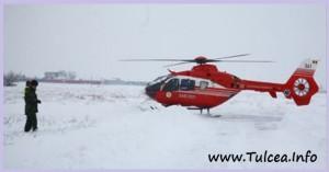 Un elicopter SMURD a preluat un copil din Niculitel